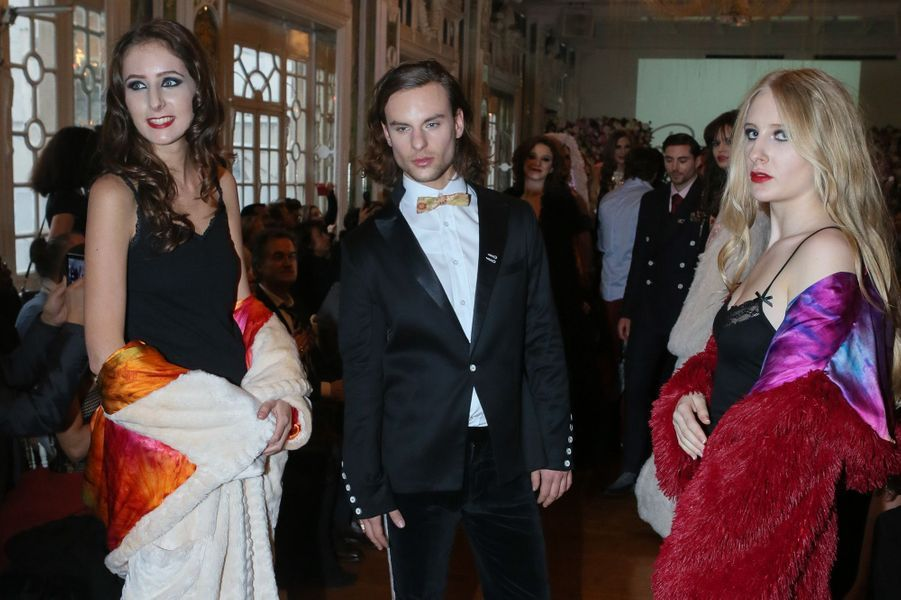 Sylvie Ortega et Louise Depardieu modèles pour le défilé de l'association Meghanora