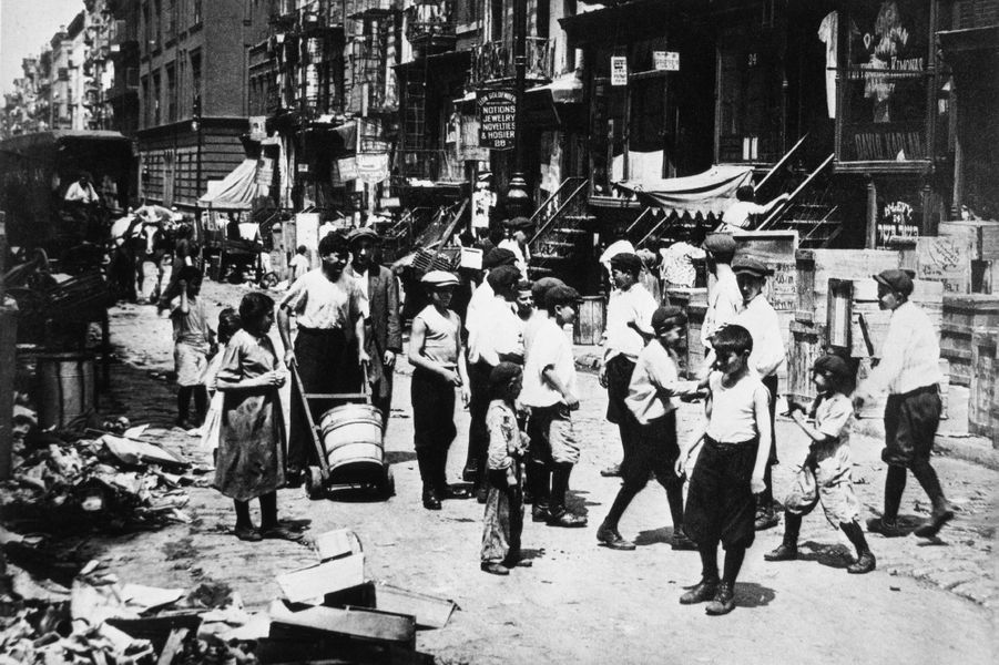 Lower East Side, Manhattan, 1911.