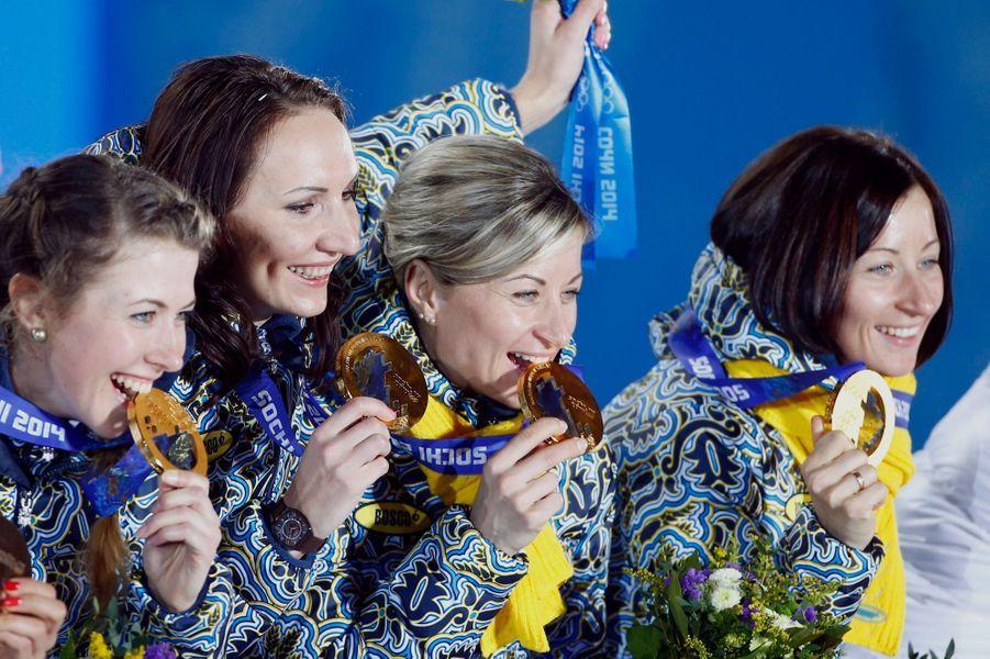Aux Jeux Olympiques d'Hiver, en Russie, la victoire de l'équipe ukrainienne en Biathlon Relais femmes