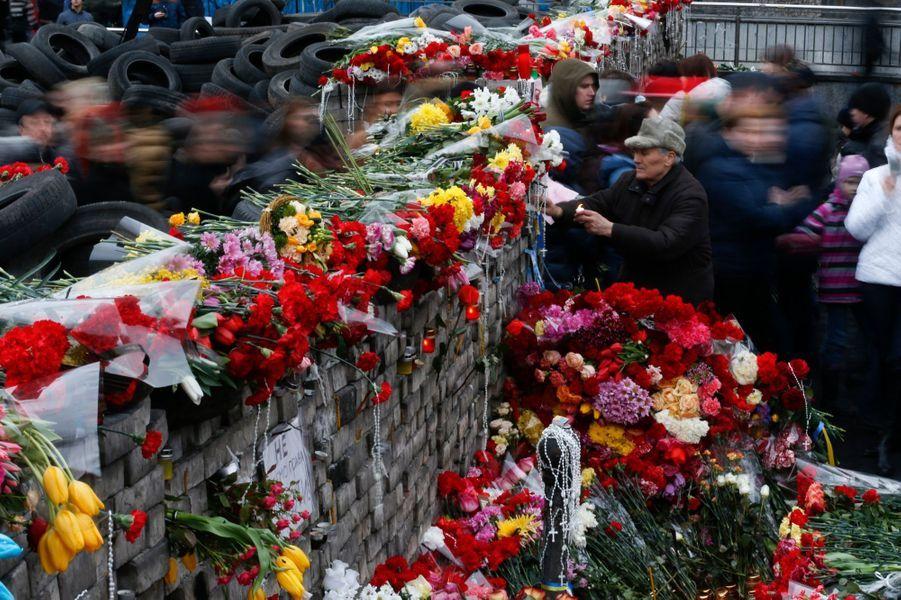 Monument aux morts improvisé