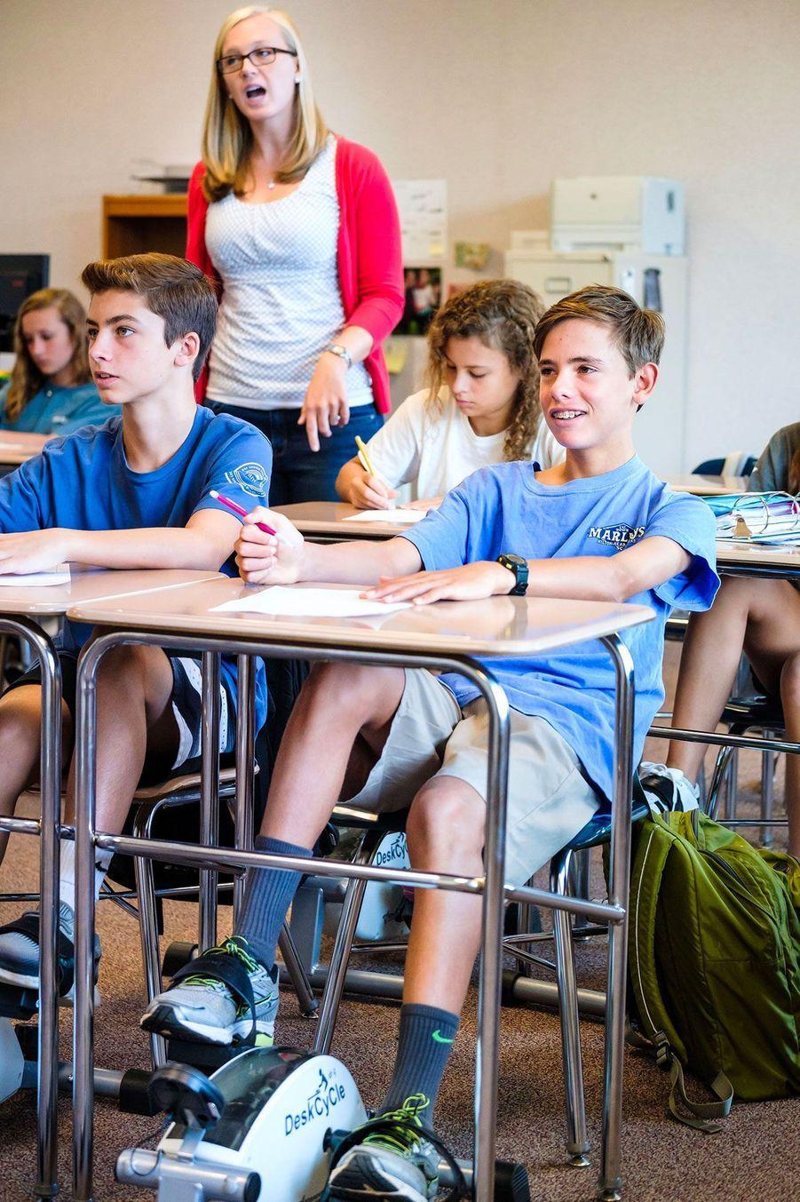 Les élèves de Bethany Lambeth pédalent en cours