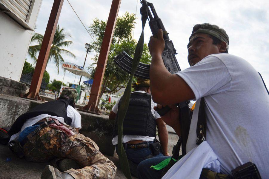 Le Mexique passe à l'auto-défense