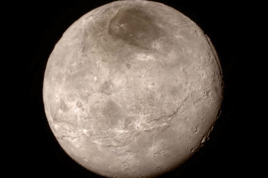 Charon, le satellite naturel de Pluton