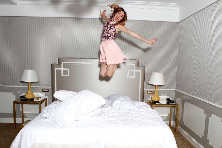 Qui sautera le plus haut ? Martina Stoessel alias Violetta…