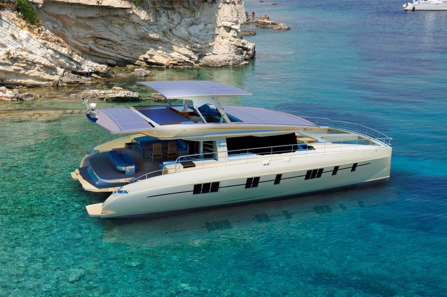 Le yacht Solarwave 62.