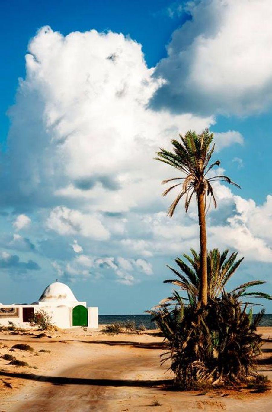"""Meditation au bord de la mer"" Djerba (Tunisie) le 1er novembre 2014"
