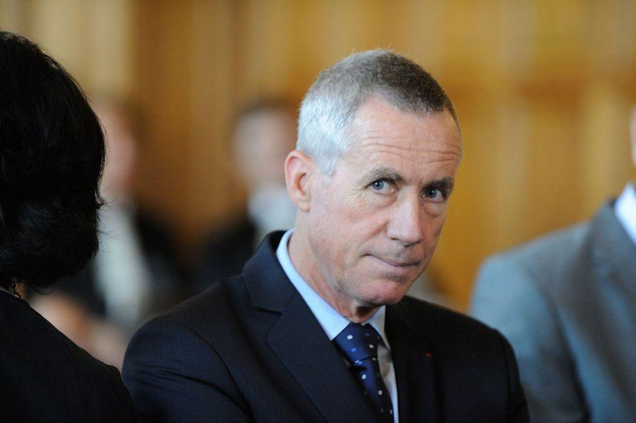 Le procureur de la République de Paris est désormais officier.