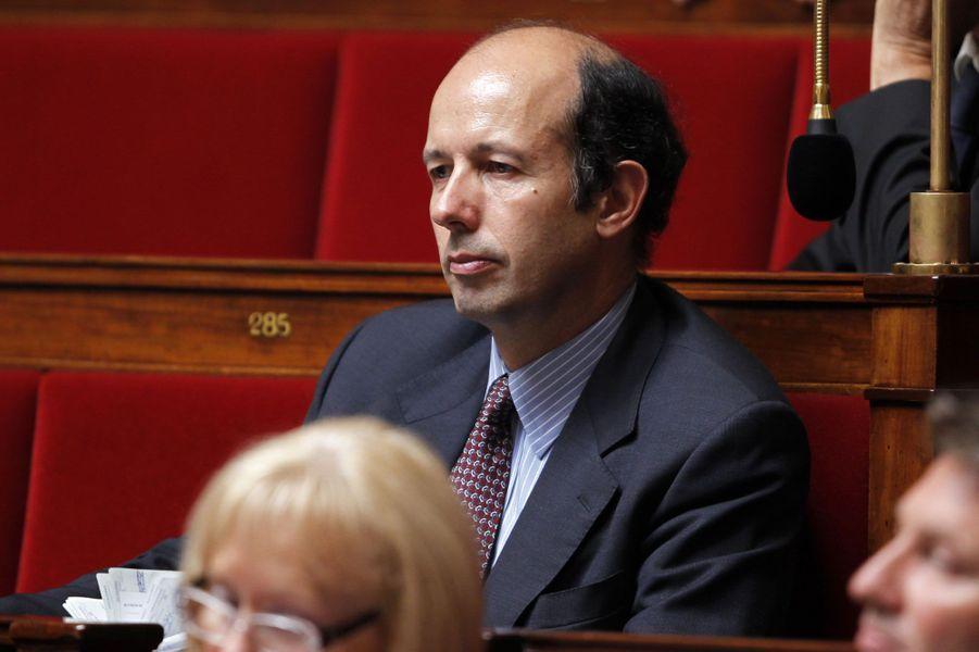 Le fils de Valéry Giscard d'Estaing et actuel maire de Chamalières dans le Puy-de-Dôme, est nommé chevalier.