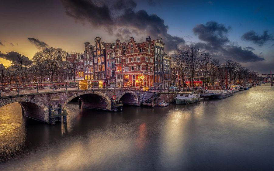 6) Amsterdam, Pays-Bas