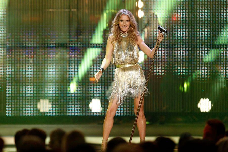 """Céline Dion dévoilera le 21 octobre """"Loved Me Back To Life"""", un nouvel album en anglais. A noter que la Canadienne fera six dates à Paris-Bercy, du 25 novembre au 4 décembre."""