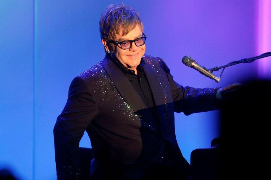 """""""The Diving Board"""", le 30e album solo de Sir Elton, est attendu avant la fin de l'année."""