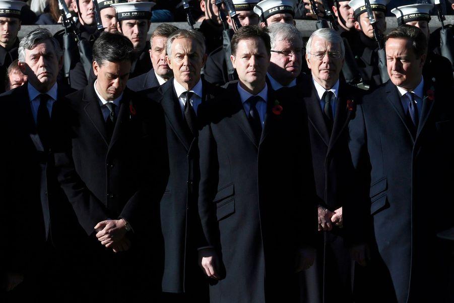 David Cameron, les leaders des principaux partis politiques et les anciens Premier ministres