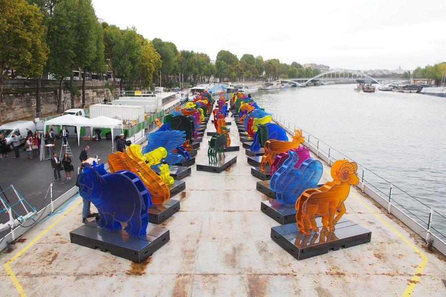 L'Arche de Noé Climat sur la Seine à Paris.