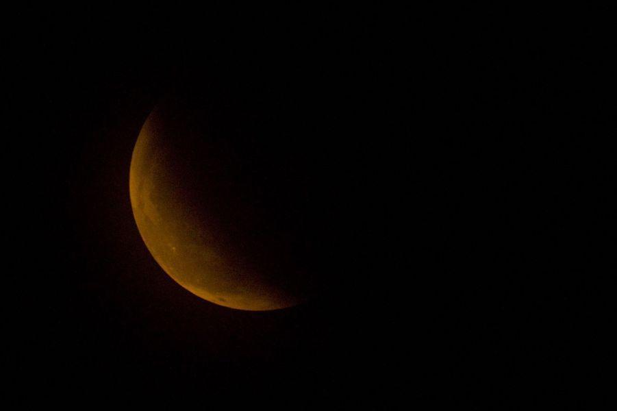 L'éclipse totale de lune n'était visible que depuis l'Asie et l'Amérique