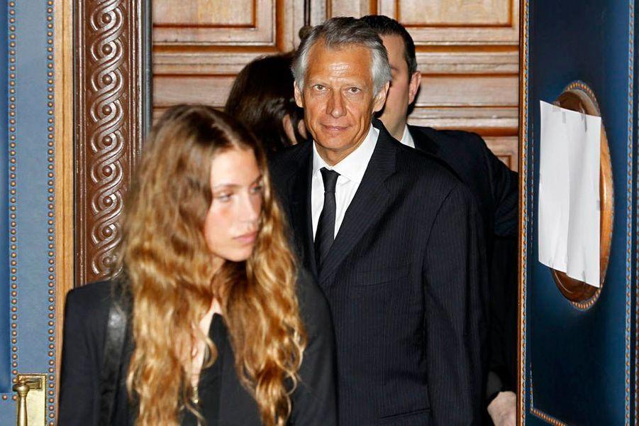Avec son père Dominique de Villepin, le 28 janvier 2010, au verdict du procès Clearstream.