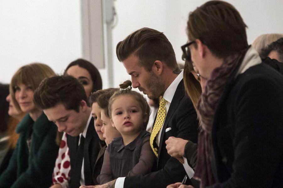 Les Beckham en famille à la Fashion Week