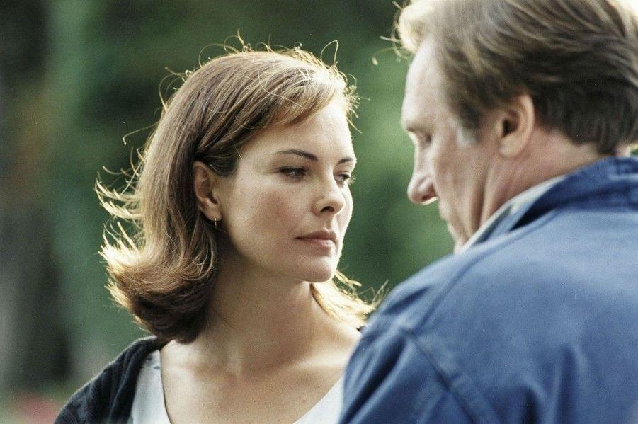 """Après avoir déjà tourné ensemble, ils entament une relation en 1996, qui se terminera en 2005.Film : """"Un pont entre deux rives"""", 1999"""