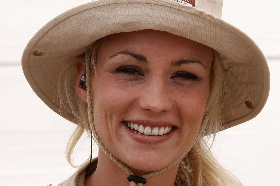 L'ex-Reine de beauté est lauréate du «Gérard de l'ex-Miss France élevée au grain, et comme Noël c'est passé, il est grand temps de la fourrer» pour «Faut pas rater ça» sur France 4.