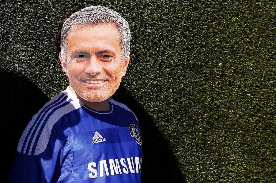 Un fan de Chelsea et deJose Mourinho en marge de la rencontre face à Arsenal.