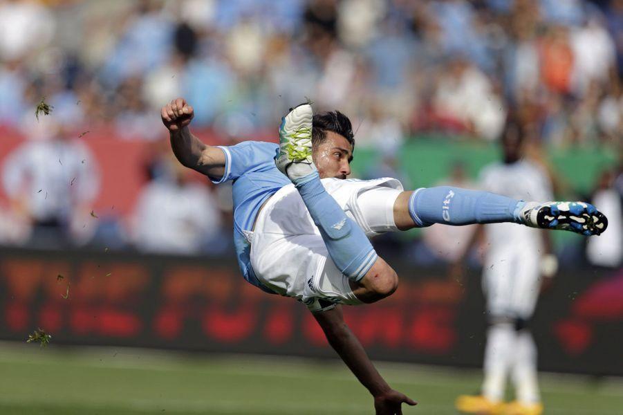 David Villa (New York City FC) inscrit son deuxième but face auxWhitecaps deVancouver.