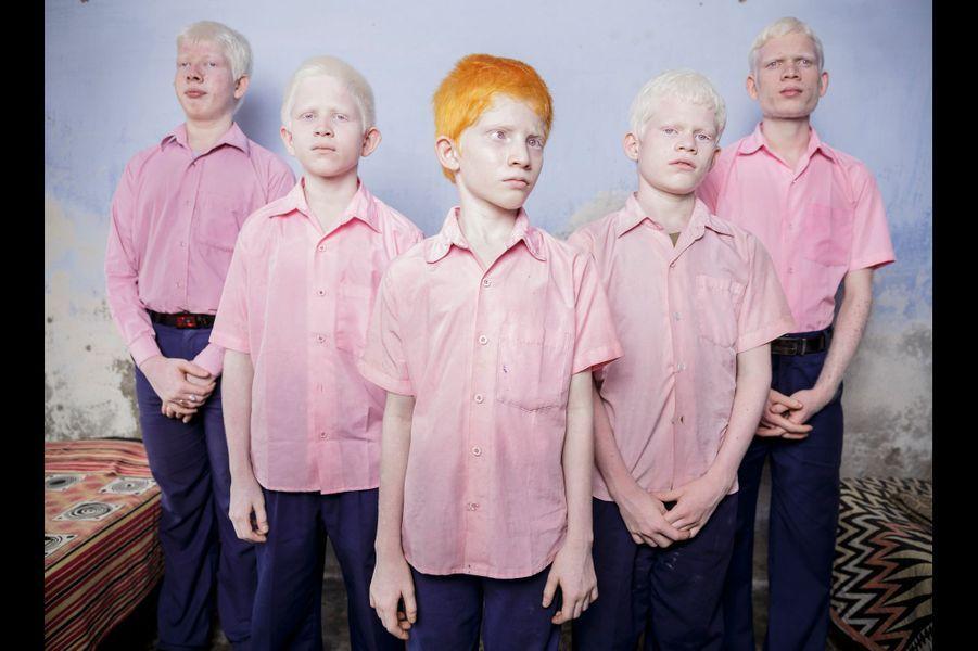 Brent Stirton, Afrique du Sud25 septembre 2013, Bengale, Inde. Des enfants aveugles et albinos de la mission Vivekananda au Bengale.