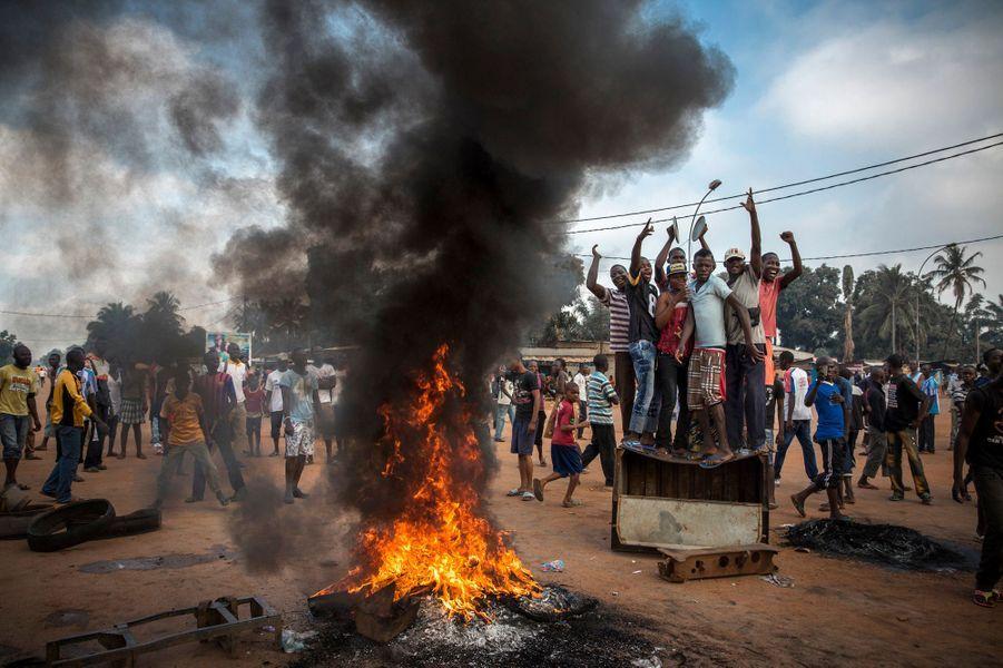 William Daniels, France, 17 November 2013, CentrafriqueManifestation exigeant la démission du président par intérim, Michel Djotodia
