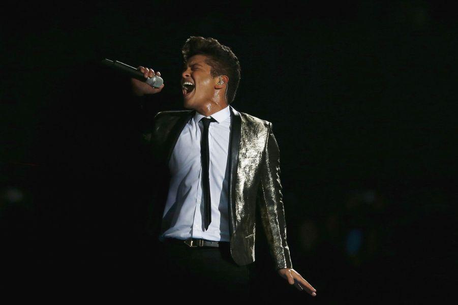 12- Bruno Mars 60 millions de dollars