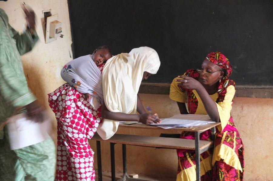 Bureau de vote de Niamey, le 21 février 2016