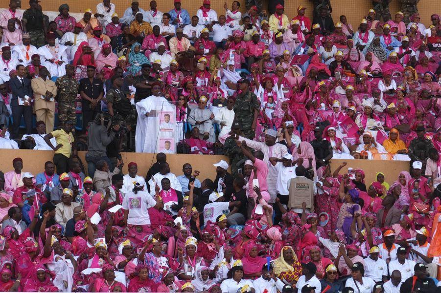 Dernier meeting du Président Issoufou dans le stade de Niamey, le 18 février
