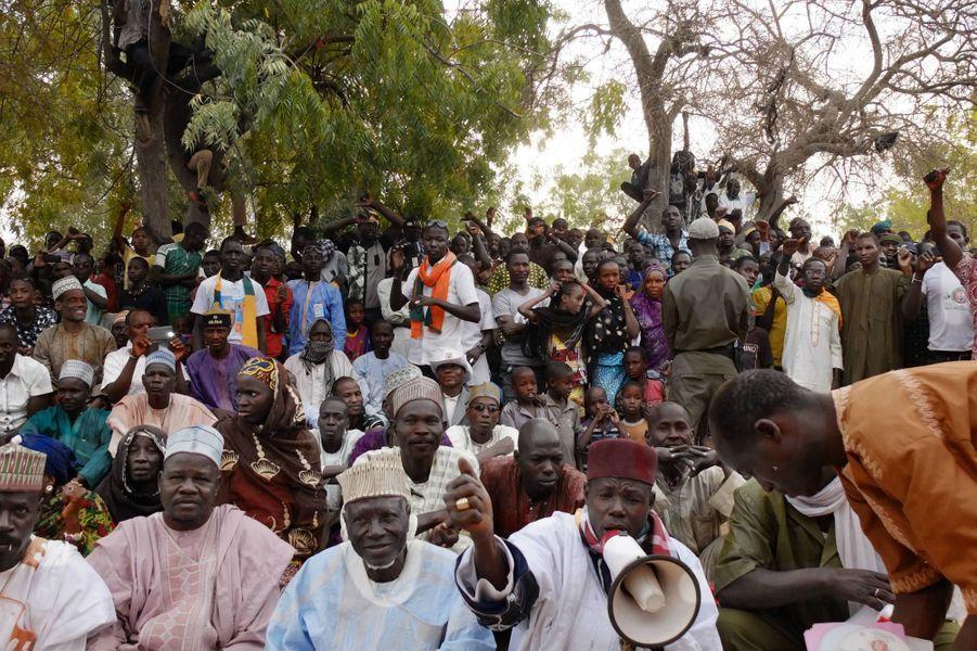 Meeting du principal opposant , Seyni Oumarou, à Diffa, non loin de la frontière nigériane le 13 février 2016