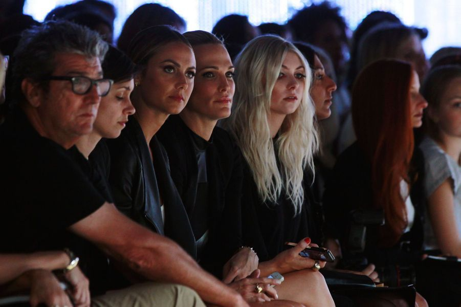 Stacy Keibler, Molly Sims et Taylor Momsen