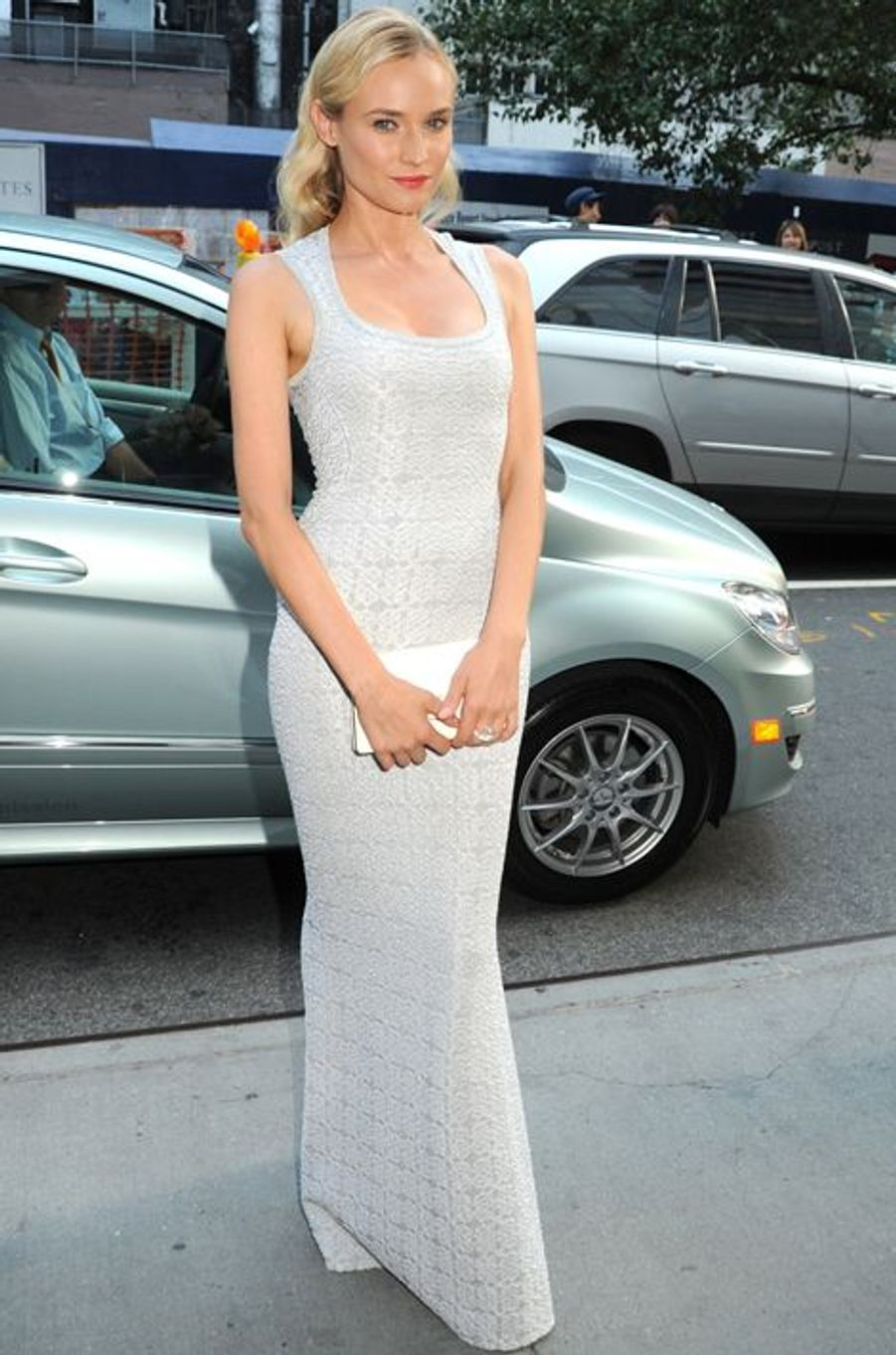 """En Azzedine Alaïa à la première new-yorkaise des """"Adieux à la reine"""", en juillet 2012"""