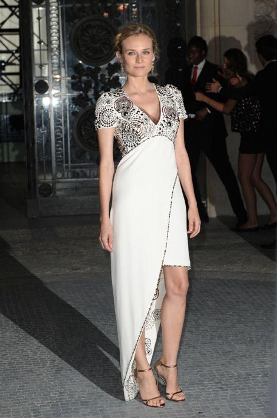 En Chanel Couture au défilé Chanel, en juillet 2011