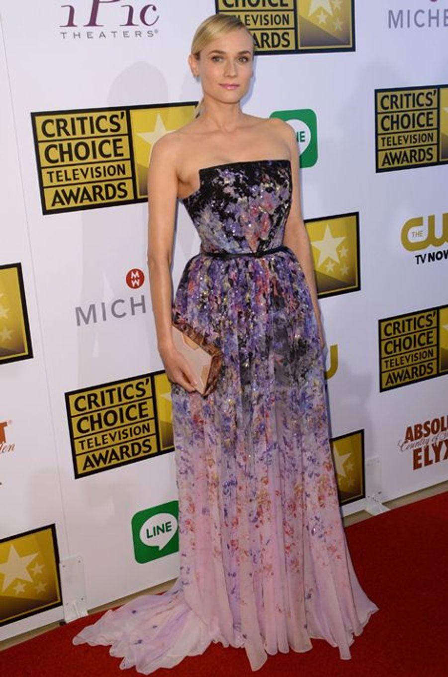 En Elie Saab aux Critics' Choice Awards, en juin 2014