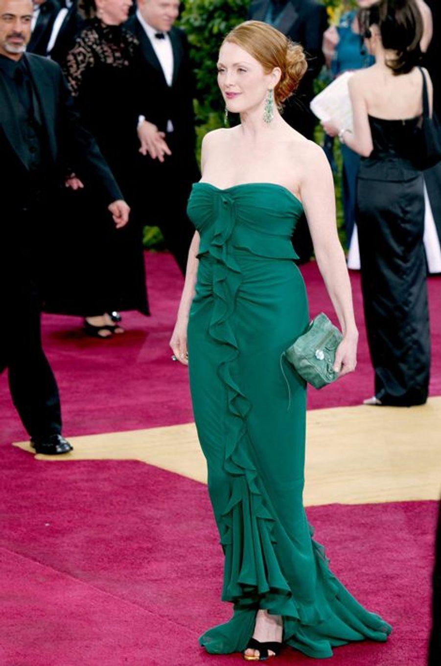 En Tom Ford pour Yves Saint Laurent, aux Oscars 2003