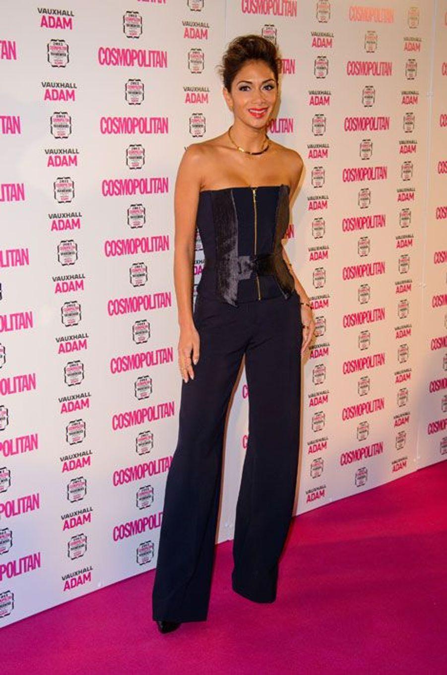 Aux Cosmopolitan Ultimate Women of the Year Awards, à Londres, en décembre 2013