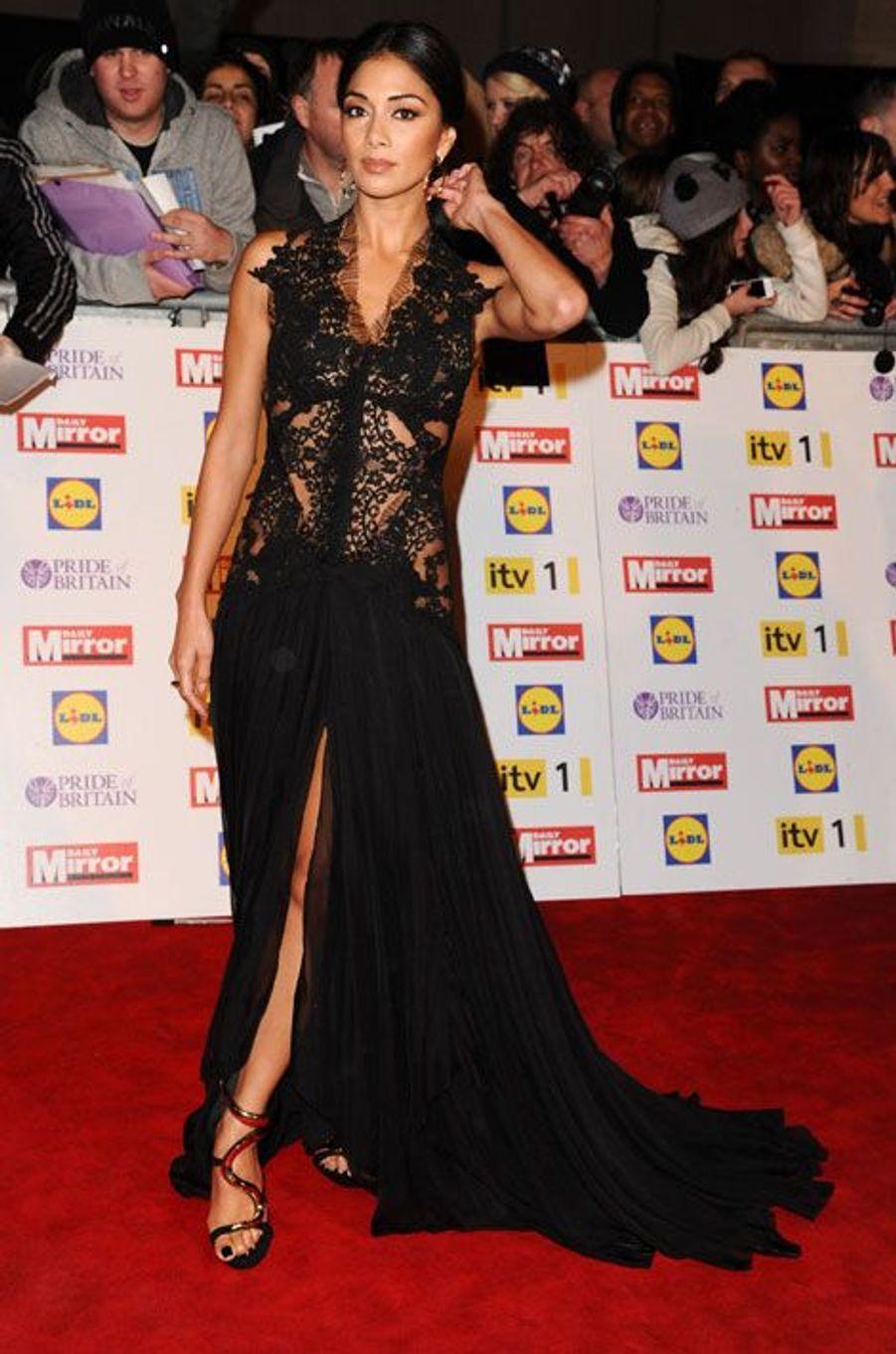 Aux Pride of Britain Awards, à Londres en 2012