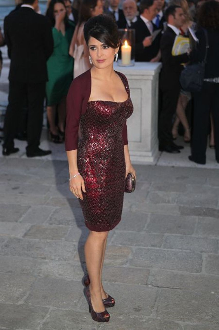 """Salma Hayek en Gucci à la soirée """"Il Mondo Vi Appartiene"""", en juin 2011"""
