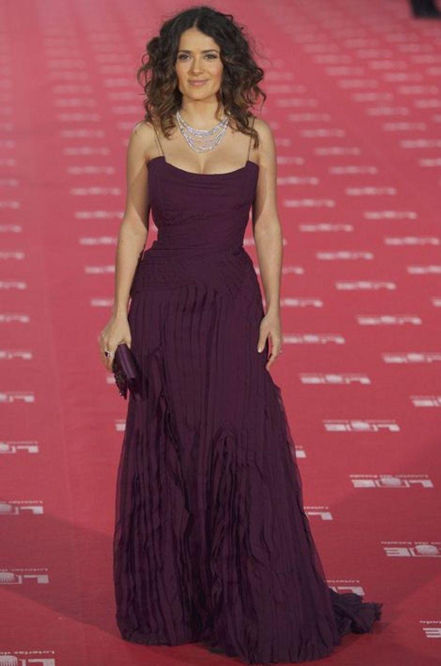 Salma Hayek en Gucci Première aux Goya Awards, en février 2012