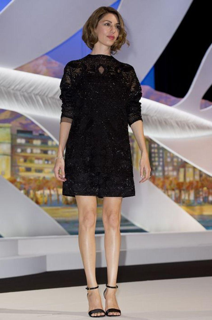 En Valentino à la cérémonie d'ouverture du Festival de Cannes 2014