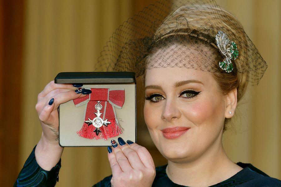 5- Adele 46 millions d'euros