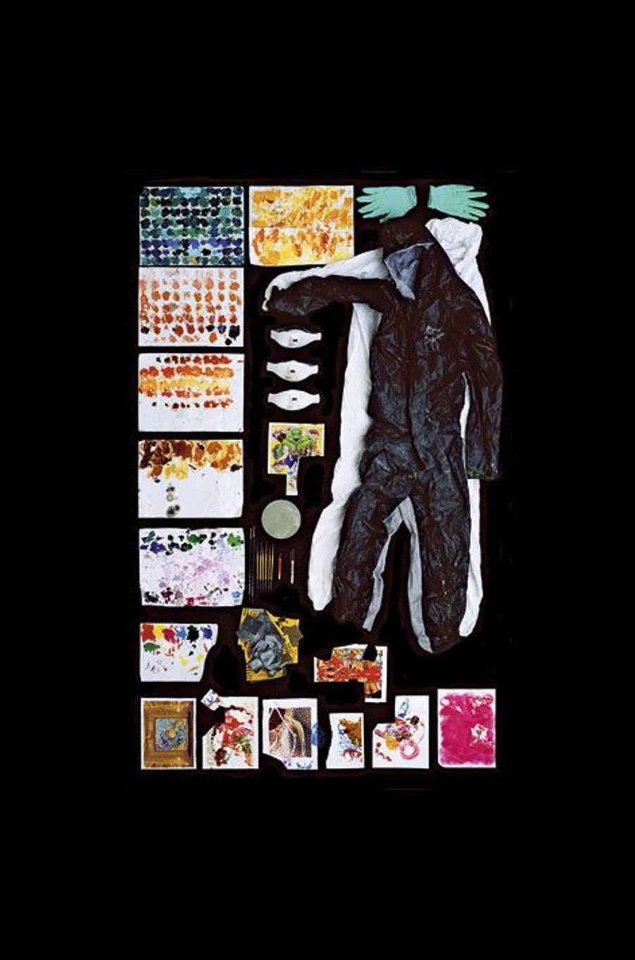 Chez Jeff Koons. Collection de palettes sur papier format A4, masques...