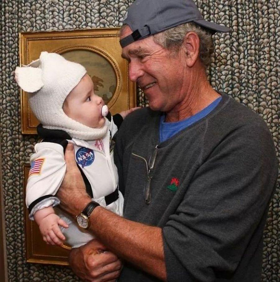 George W. Bush et son petit-fils