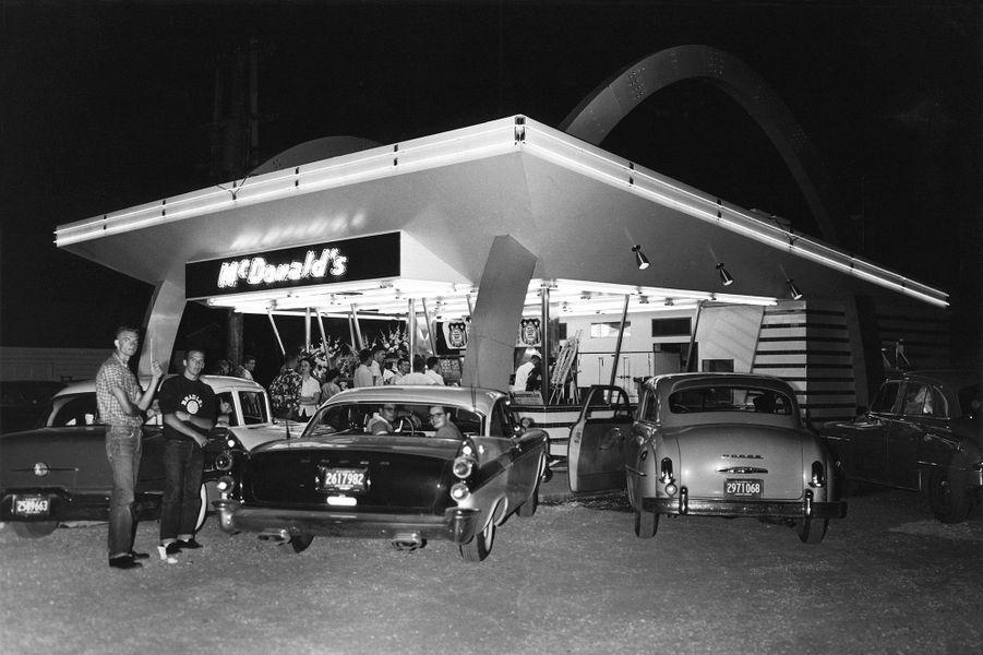 Le premier restaurant ouvert par Ray Kroc.