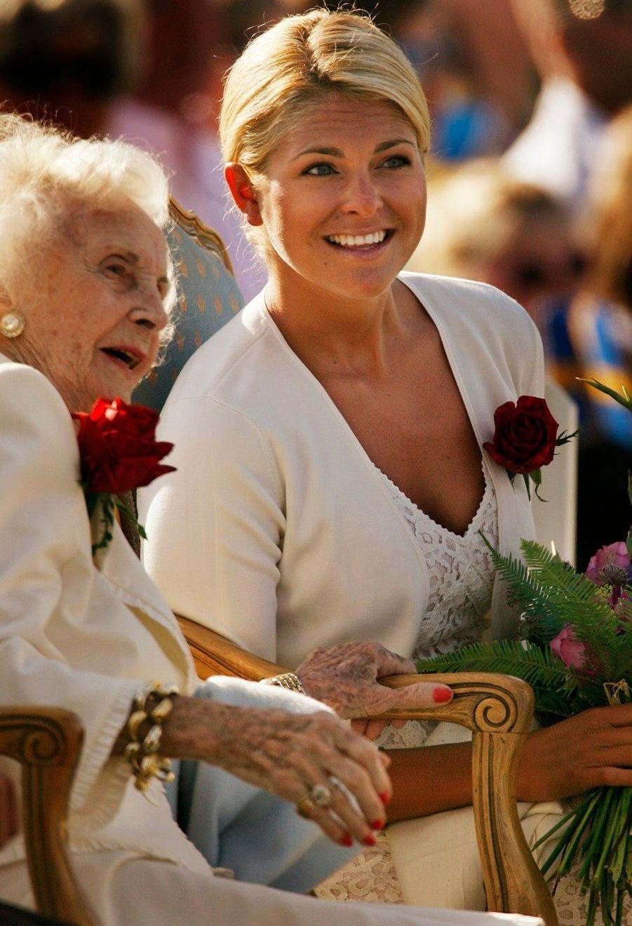 Avec la princesse Lilian (épouse du prince Bertil, tante du roi Carl Gustaf) en 2006