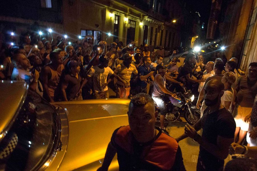Madonna fêtait son anniversaire à Cuba sous les yeux des locaux