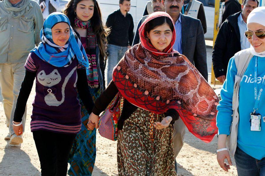 Avec Mazoon Rakan, une réfugiée syrienne de son âge