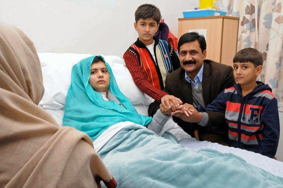 Malala à l'hôpital de Birmingham, le 26 octobre 2012