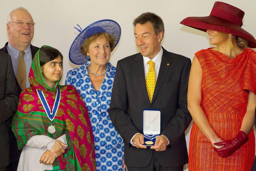 Malala et la reine Maxima des Pays-Bas à la remise du prix Four Freedoms, le 24 mai 2014