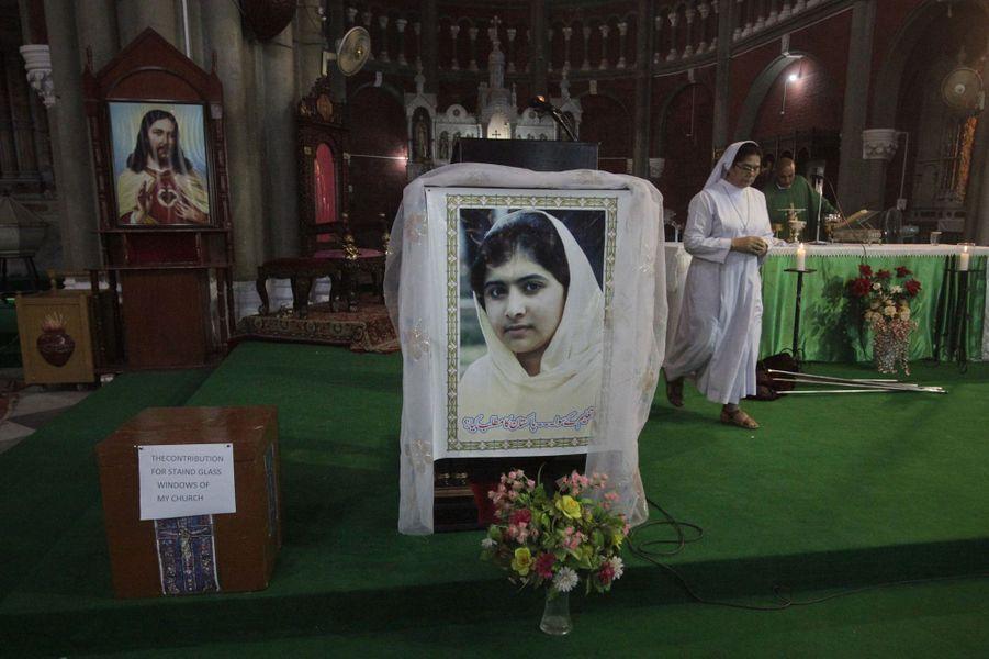 Prière pour Malala à Lahore, le 14 octobre 2012